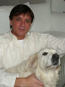 Louis Krüger and snowy dog
